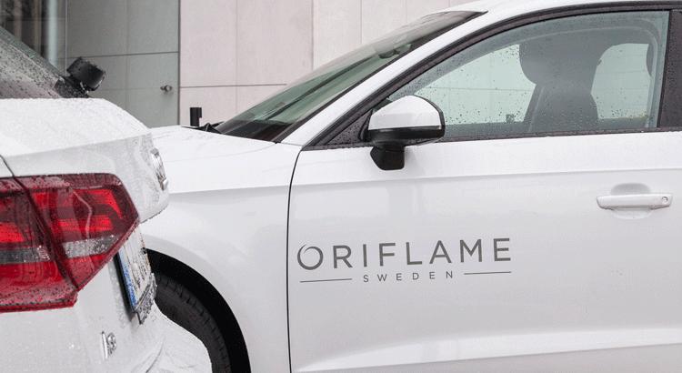 Carro Oriflame Audi