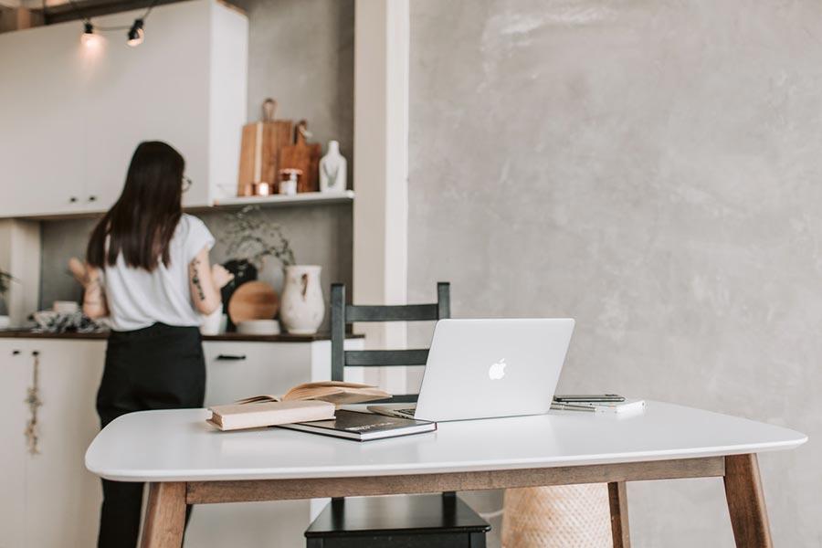 Ganhar dinheiro em casa - espaço de trabalho